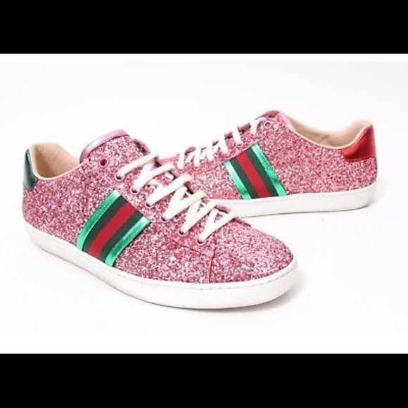 fa9cfa4f5c3f Gucci Shoes - Pink Glitter Gucci Sneakers 💖